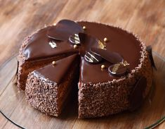 Shared by Find images and videos about chocolate, yummy and delicious on We Heart It - the app to get lost in what you love. Easy Desserts, Dessert Recipes, Something Sweet, Yummy Cakes, Ice Cream, Sweets, Candy, Food And Drink, Cooking
