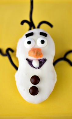 Olaf Nutter Butter Cookies How-To