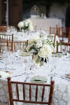 LACE TABLE OVERLAY