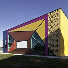 Avondale Heights Library & Learning Centre. Melbourne, Australia