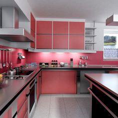 ¿Te gusta el rojo? Entonces esta es tu cocina...