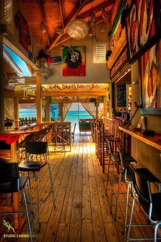 Entrance of the bar Restaurant Design, Restaurant Bar, Surf Cafe, Jamaican Restaurant, Surf Room, Coffee Shop Bar, Tiki Bar Decor, Surf Decor, Surf Shack