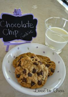 Love to Cheu: Chocolate Chip Cookies Chocolate Chip Cookies, Chips, Cooking Recipes, Snacks, Desserts, Blog, Tailgate Desserts, Potato Chip, Food Recipes