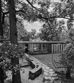 Harkness House, Lexington MA, Architect: TAC. Photo: Ezra Stoller