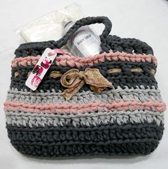 Dorit's bag/ inspiration, sure is bulky yarn...maybe fabric