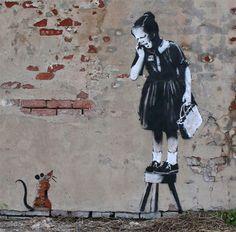 L'anglais Banksy est sans conteste le chef de file du Street Art international ! Voici réunies ici quelques une de ses plus belles oeuvres mélangeant art e