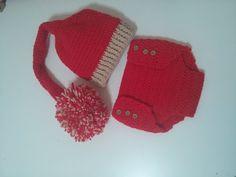 YouTube Crochet Bebe, Crochet Crop Top, Crochet For Kids, Foto Baby, Tapas, Diaper Covers, Baby Knitting, Baby Dress, Winter Hats
