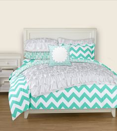 PBTeen bedding! This is EXACTLY the color I want, and would go perfect with the lavendar chevron sheets