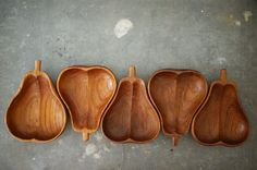 Vintage wood bowls. Mid century era pear bowls or small plates, set of 5. Perfect for serving salads at the autumn dinner table or tidbits and hors