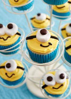 cupcakes wie minion dekorieren   gelbe sahne, augen aus bonbons