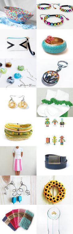 Summer Sensations by Julia on Etsy-#etsy #treasury #blue #basket #bowl #summer #trends #key #holder #remote #control #holder #earrings #bracelet -Pinned with TreasuryPin.com