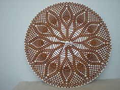 EmmHouse: Pineapple crochet wall clock tutorial with doily link. Love it.