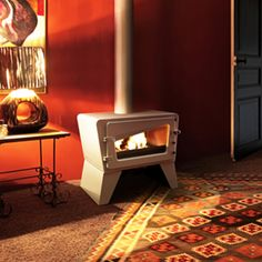 Fireplace Products Present - The Invicta Ch'ti Poele Wood Stove. For more information on this wood burning stove please visit our product page here - www.fireplaceproducts.co.uk/invicta-stoves/invicta-chti-poele-wood-stove/