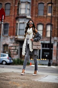 All the cozy layers. // Outfit details linked in my bio. Fall Fashion Trends, Love Fashion, Fashion Looks, Womens Fashion, Fall Outfits, Fashion Outfits, Fashion Tips, Simple Outfits, Fashion Bloggers