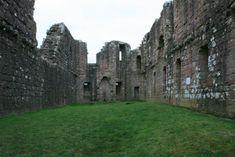 Morton Castle courtyard