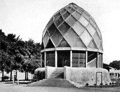 Bruno Taut, Glass Pavillion, 1914