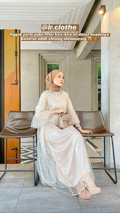 Casual Hijab Outfit, Ootd Hijab, Casual Outfits, Dress Brokat, Kebaya Dress, Workwear Fashion, Hijab Fashion, Kebaya Modern Hijab, Shops