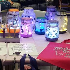 Had a lovely time selling at a local fair yesterday, my mood light jars were definitely bringing people to my stall, even other sellers that had seen them from a distance and just had to come have a look