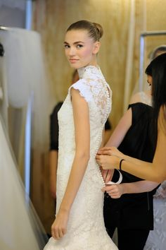 oscar de la renta spring 2013 wedding dress lace cap sleeves | OneWed.com