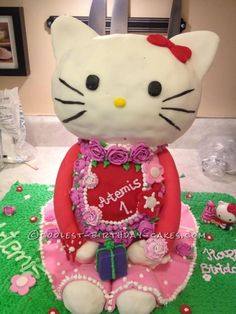 1st Homemade Hello Kitty Cake