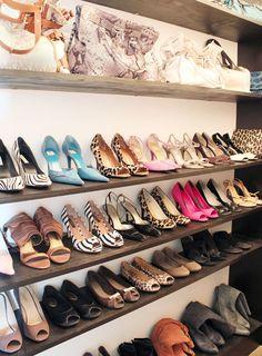 Dressing room shoes on racks with bags on top. Just like a boutique display! Shoe Organizer, Closet Organization, Closet Dividers, Storage Organization, Las Vegas Homes, Closet Shelves, Closet Wall, Shoe Wall, Closet Space