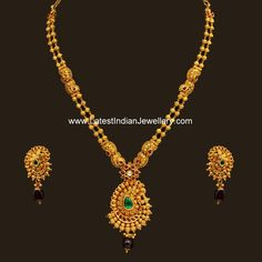 Beautiful designer antique gold haram in simple design comprising gold beaded two line chain and paisley or mango shaped pendant and gold earrings vbj Gold Jewelry Simple, Paisley, Gold Jewellery Design, Silver Jewellery, Silver Rings, Ring Verlobung, Schmuck Design, Indian Jewelry, Bridal Jewelry