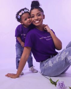 Mommy and daughter goals #Motherhood Cute Family, Baby Family, Family Goals, Baby Momma, Mom And Baby, Mommy Daughter Photography, Mommy And Me Photo Shoot, Kids And Parenting, Parenting Hacks