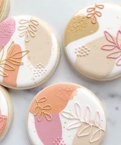 Coffee Cookies, Iced Cookies, Cupcake Cookies, Cupcakes, Leaf Cookies, Flower Cookies, Easter Cookies, Summer Cookies, Fancy Cookies