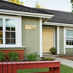 Mad for Mid-Century: Mid-Century Modern House Numbers Project Best Exterior Paint, House Paint Exterior, Exterior Paint Colors, Exterior House Colors, Paint Colors For Home, Siding Colors, House Siding, Paint Colours, Ranch Exterior