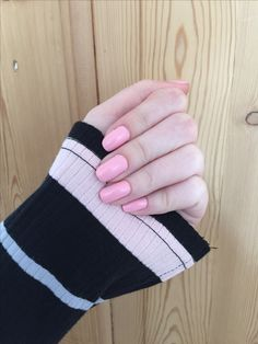 #nails #nailpolish #pink #dress #party #nude #real #realnails #cute #everydaylook #look