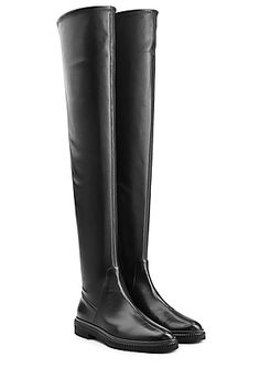 """Die Stiefel """"Seattle"""" von Sergio Rossi beweisen es: Over Knee Boots können auch lässig und cool, sie brauchen dazu nur ein cleanes Design, sleekes Leder und eine flache Sohle #Stylebop"""