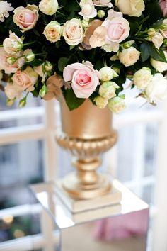 Cute gold flower vase! :)