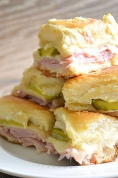 Cuban sliders recipe, loaded with ham, swiss cheese, and dill pickles, topped with a dijon mustard onion spread! Super easy to make and definitely a crowd pleaser! Homemade Ham, Homemade Pickles, Quick Appetizers, Appetizer Recipes, Appetizer Ideas, Sandwich Recipes, Lunch Sandwiches, Gourmet Sandwiches, Sandwich Ideas