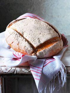 3 Enkle, æltefrie brød med tørgær Bread Dough Recipe, Bread Rolls, Creative Food, Bread Baking, Baguette, Food Photo, Food Styling, Bread Recipes, Baked Goods