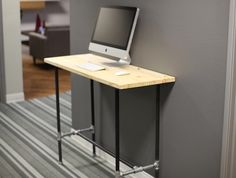 DIY Pipe Desk Plans, Pipe Table Ideas and Inspiration Pipe Furniture, Apartment Furniture, Stand Up Table, Industrial Pipe Desk, Unique Shelves, Diy Pipe, Pipe Table, Desk Plans, Iron Pipe