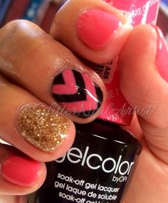 GlitterNailArtist| Fun summer nails!  Pink nails, hand painted nail art, nail art ideas, chevron, OPI gel manicure, round nails, gold loose glitter, OPI Brazil collection