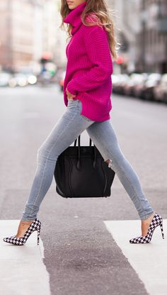 Early Fall Outfit / Hot Pink Turtleneck Sweater & Light Grey Skinnies