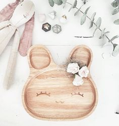 Eco-friendly Wooden Baby/Child's Dish and Spoon & Fork Set. Make mealtimes fun! Baby Plates, Kids Plates, Eco Kids, Eco Baby, Wooden Baby Toys, Baby Gadgets, Unique Baby Shower Gifts, Playroom Decor, Natural Baby