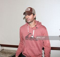 Enrique Iglesias talks to the media before performing at the Enrique Iglesias and Pitball Concert at Madison Square Garden on September 25, 2014 in New York City.
