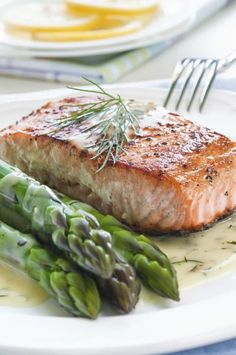 The Perfect Pan-Fried Salmon From 'The Chew' Star Danny Boome   Fox News Magazine