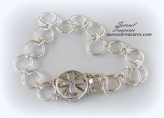 STERLING SILVER CHAIN BRACELET WITH CROSS CLASP