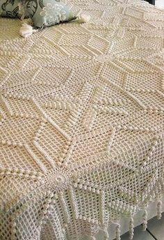 Crochet bedspread -- see pattern