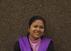 Artesana Rupa Bhattarai. Aproximadamente la mitad de nuestro #equipo en Nepal se dedica a la elaboración de bolas de #fieltro, mientras que la otra mitad se encarga de fabricar las alfombras. Varios miembros del equipo ejercen labores de #enseñanza, control de calidad, supervisión y recogida del producto. Si quieres, puedes enviarle un correo electrónico para felicitarla por el esfuerzo y mimo puesto en la elaboración de tu #alfombra. http://www.sukhi.es/conoce-a-nuestro-equipo-en-la-nepal