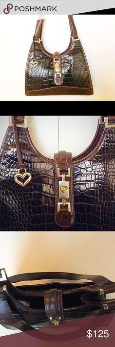 Brighton vintage handbag Shoulder style handbag, in brown crocodile pattern, silver hardware Brighton Bags Shoulder Bags