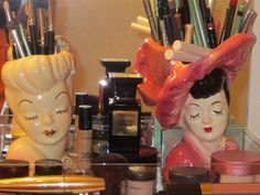 The one of the left, is the one that I have.  And I have make-up brushes in mine, too.
