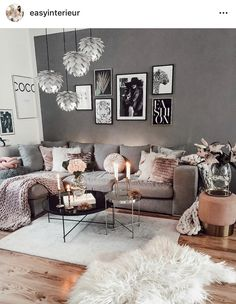 Decorate Your Living Room With These 14 Inspiring Wall Ideas - Interior Fun Room Design, Interior Design, House Interior, Apartment Decor, Home, Interior, Luxury Rooms, Luxury Room Decor, Living Room Designs