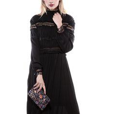 AMUSE €105 ( prezzo da etichetta €267 ) Abito plissettato con inserti di passamaneria #svgt #plissé #black #dress #new #season #autunno #nuovastagione 🍂