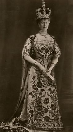 Queen Mary wearing coronation robes