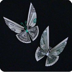 Tutorials for Dollar Bill Origami Tooth Fairy Gifts this is so awesome! money origami butterfly great birthday gift :)this is so awesome! Origami Butterfly, Origami Art, Butterfly Tree, Origami Dragon, Origami Jewelry, Butterfly Birthday, Origami Flowers, Money Origami Tutorial, Don D'argent