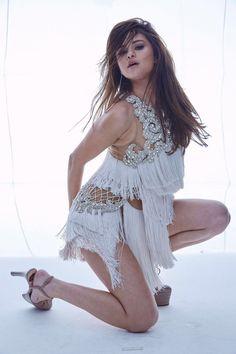 - Selena Gomez - Marie Claire Magazine June 2016 Photoshoot - 5 of 31 Selena Gomez Fashion, Selena Gomez Fotos, Selena Selena, Selena Gomez Pictures, Selena Gomez Style, Marie Claire Magazine, Divas, Alex Russo, Model Foto